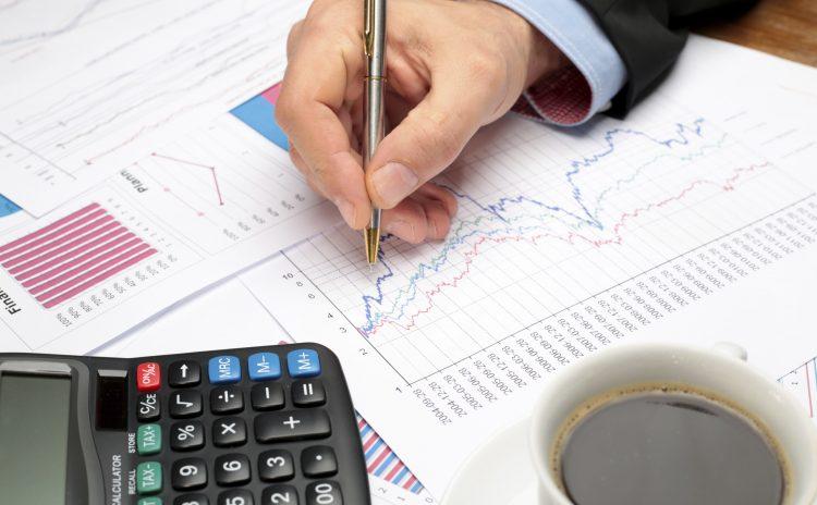Geldcoach: luxe leven en toch geld overhouden met een bespaarplan