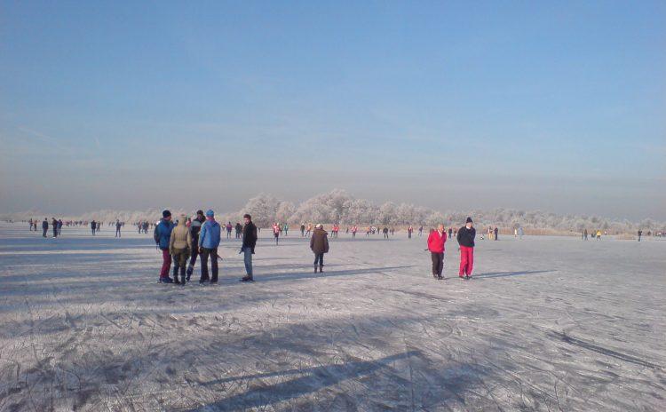 Goedkoop schaatsen in Ankeveen op natuurijs